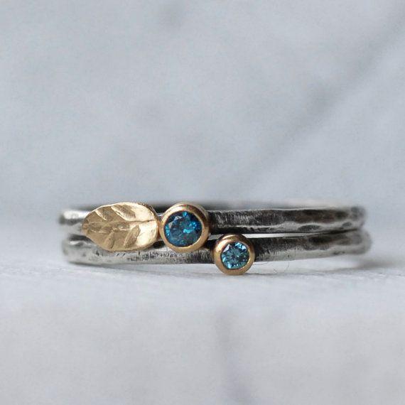 Articoli simili a Blue Diamond Leaf Anello Set - 18k oro e argento Stack anelli - Set di 2 anelli di diamanti Stack - ecologico riciclato su Etsy
