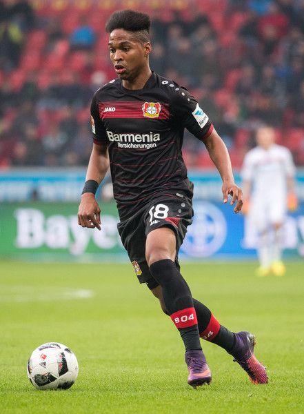 Wendell of Leverkusen in action during the Bundesliga match between Bayer 04 Leverkusen and SV Darmstadt 98 at BayArena on November 5, 2016 in Leverkusen, Germany.