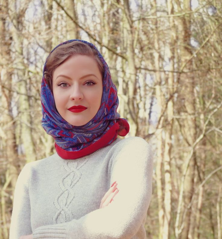 Lilly Jarlsson 1940s 1950s Vintage Style Makeup Red Lips Headscarf Looks Pinterest