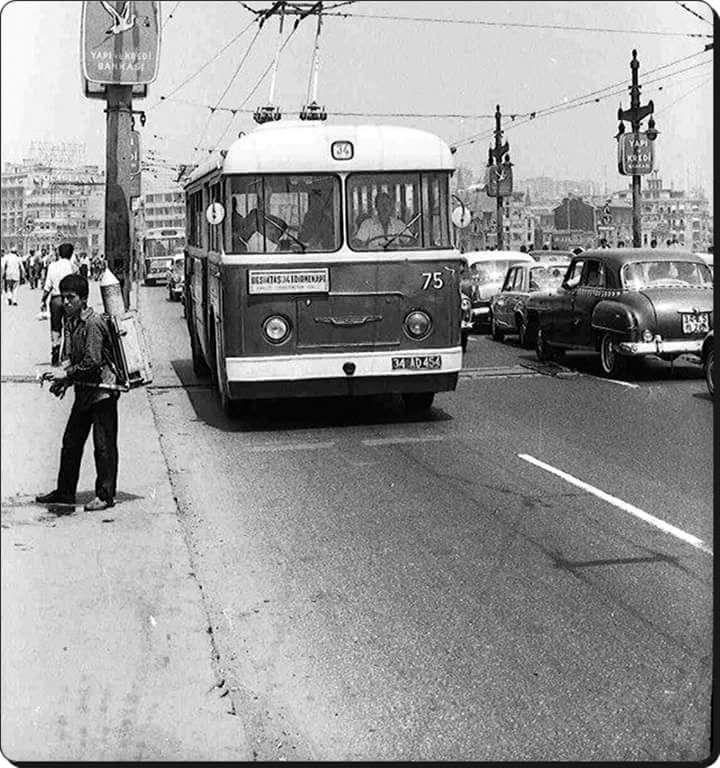 Galata Köprüsü (1970'ler) #istanlook #nostalji #eskiistanbul #birzamanlar