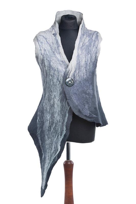 asymmetric gray vest by PrzystanekRekodzielo on Etsy, zł350.00