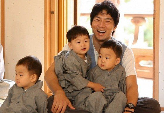 """Superman Returns"" Denies Rumors That Song Il Gook and Song Triplets Are Leaving the Show"