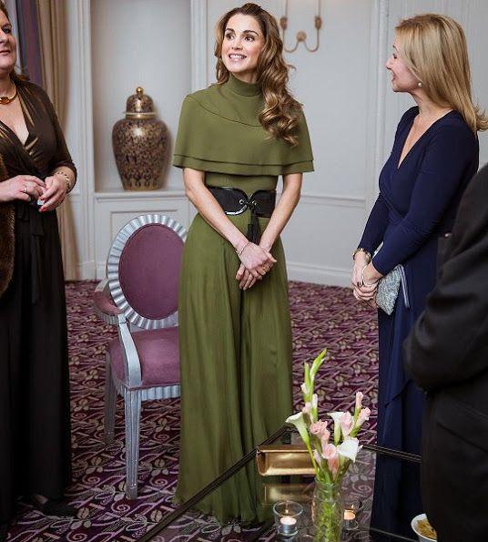 Queen Rania Receives Foreign Press Association Award