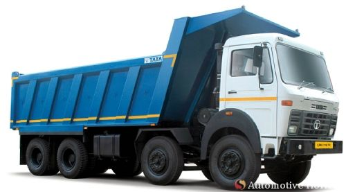 Tata Motors unveil six new advanced heavy trucks and Tata FleetMan in north India. Tata_LPK_3118_B_Merge