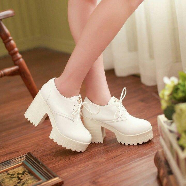 "Туфли с подошвой ""тракторист"" на устойчивом каблуке #туфли #каблук #платформа #осень #весна #класс"