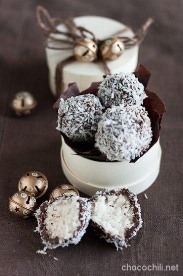 Bounty-tryffelit: vegaaniset, maidottomat ja laktoosittomat jouluherkut, chocochili.net