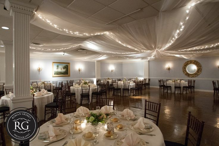 Mansion at Valley Country Club wedding reception room