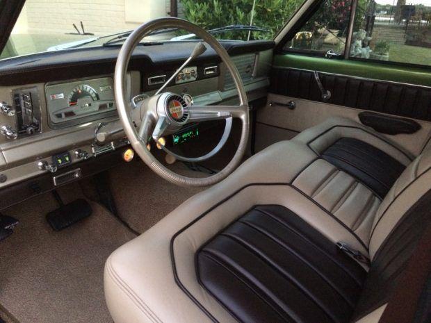Restored 1970 Jeep Wagoneer 4x4 In 2020 Jeep Interiors Jeep Wagoneer Jeep