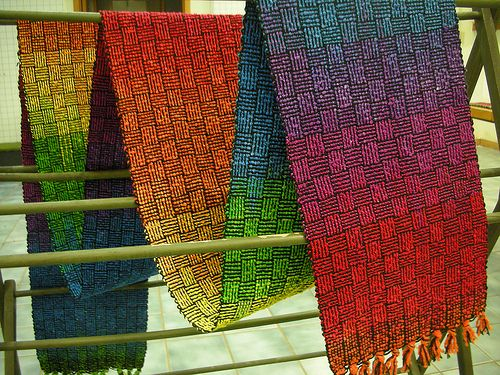 "Rainbow Weave. Weaving project from Kathrin Weber's class ""Bags, Bags, Bags"" (This pin has made me rethink my tasteful neutral palette on my current log cabin weave scarf. Screw tastefully neutral! I want COLOUR<3 ~Renata)"