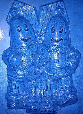 LARGE BANANAS IN PYJAMAS SHAPED CHOCOLATE MOULD OR PLASTER MOULD