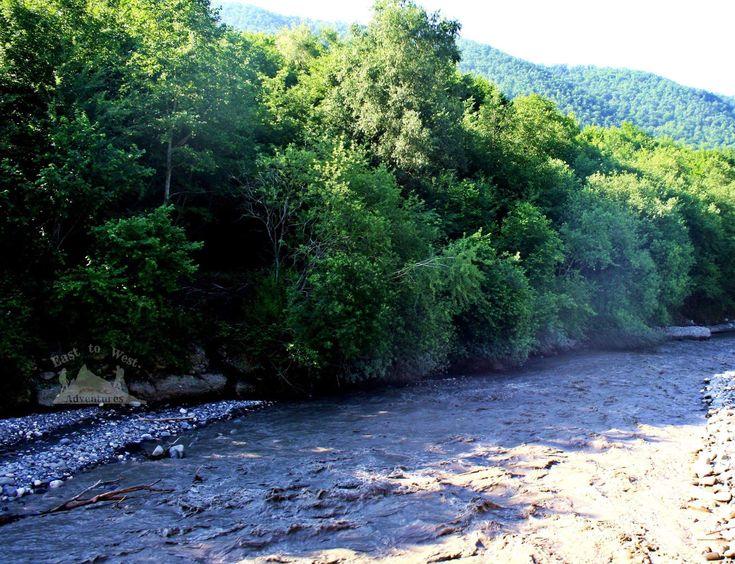 River Quba #easttowestadventures #azerbaijani #azerbaijan #quba #kuba #forest #foreststream #greenleaves #forestbathing #roadtrip #unexpected #lovelysurprise #hiking #slippery #nature #naturelovers #naturephotography #forestphotography #peaceful #longtrip #goodfriends #greatmemories