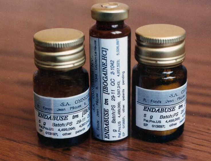 """A lo largo de los últimos años, la prescripción de opiáceos sintéticos no ha parado de aumentar. Sólo en Estados Unidos, entre 1998 y el 2006, el número de prescripciones de metadona se ha incrementado casi un 700%. Desde 1999 hasta el 2005, las muertes relacionadas con la intoxicación de metadona se incrementaron un 468%, mientras que el total de muertes por intoxicación de otras drogas """"sólo"""" se incrementó un 66%."""
