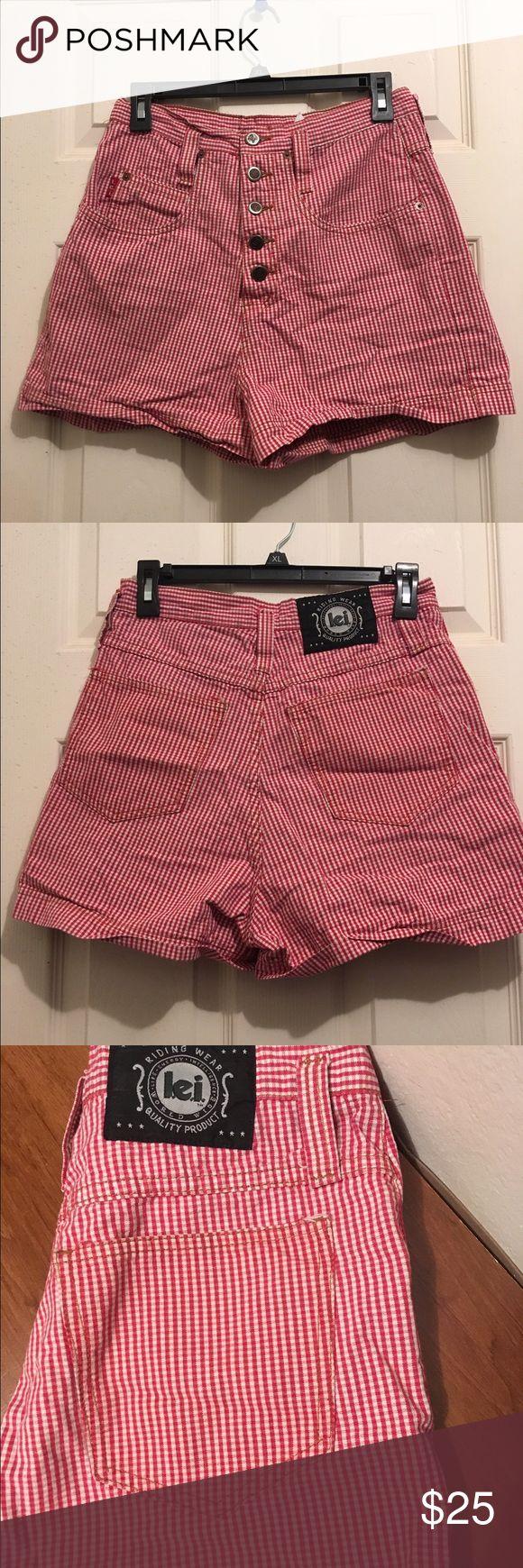 LEI high waisted short Super Cute Lei high waisted shorts. Red plaid. Perfect for summer! Shorts Jean Shorts