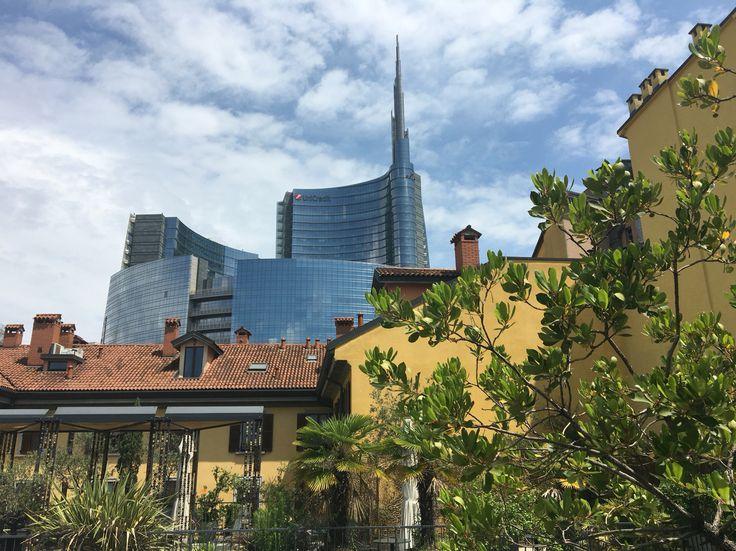 Old Milano Vs New Milano #bhangrabar #milano #bellamilano #corsocomo10 #roof #roofgarden