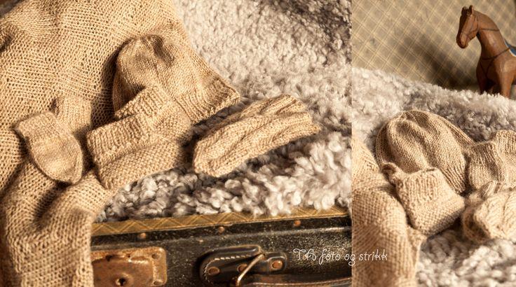 Babysett strikket til nyfødtavdelingen ved St.Olavs hospital.  Prematurbarn. by_toneannette