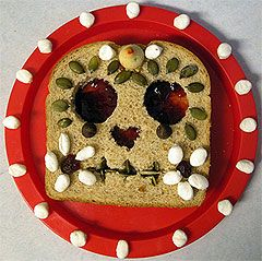 "Day of the Dead ""sugar skull"" sandwiches!: Sandwiches, Healthy Halloween, Sugar Skull, Of The, Halloween Snacks, Halloween Food, Dead, Day, Peanut Butter"