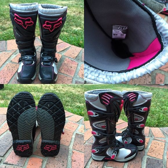 Women's Comp 5 Dirt Bike Boots SELLING FOR A FRIEND •Women's Comp 5 dirtbike boots •Worn once •Size 8 •Pink & Black •PRICE- $175 (p a y p a l) Fox Shoes