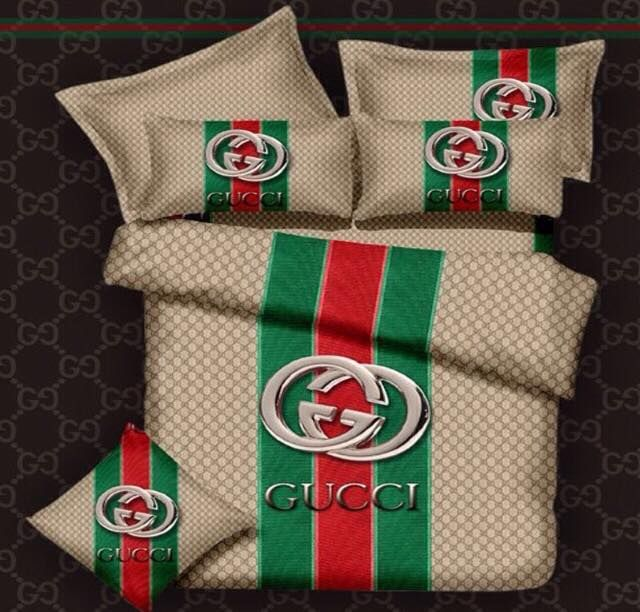 Gucci Bed Set- egyptian cotton  http://www.fierceheelsemporium.com.au/collections/bed-throws-blankets/products/gucci-bed-set #DesignerBedSheets