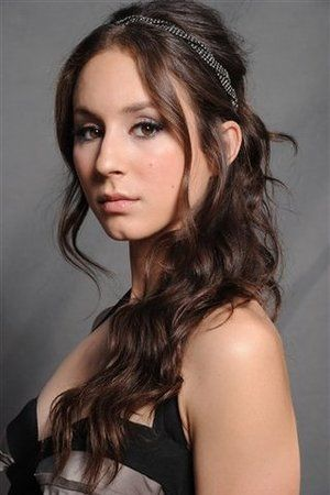 Troian Bellisario. She's my favorite on Pretty Little Liars. Love the name Spencer too!