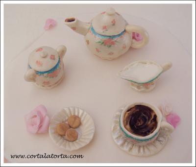 Wonderful Tea Time cake design for a 101 birthday. Bellísima torta cumpleaños 101