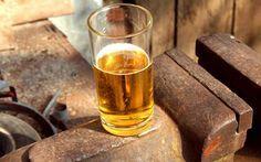 Come produrre il sidro di mele con un kit per la produzione della birra