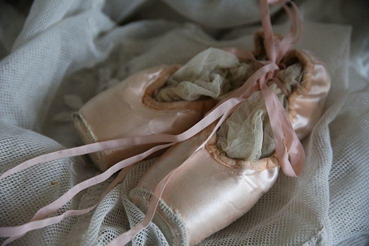 Oude shabby balletschoenen