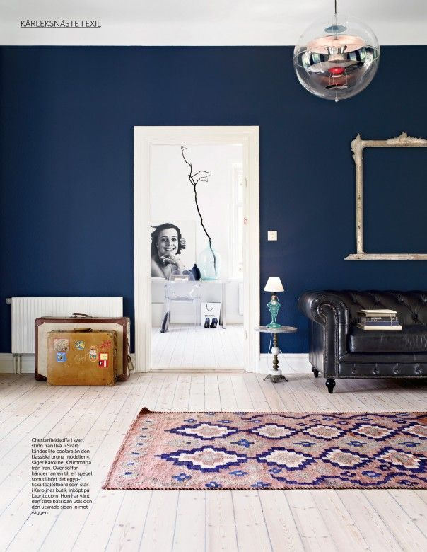 Dark blue alls living room house pinterest blue wall for Living room navy walls