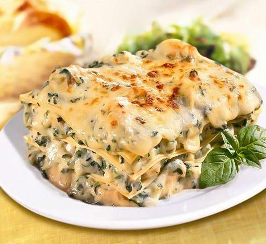 Making Chicken Florentine Lasagna Tonight!   recipe found at www.JoelandKitty.com