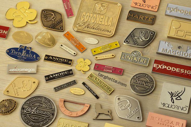 https://www.targhetta.com/targhette-personalizzate.htm - è la pagina tutta italiana interamente dedicata alle nostre produzioni di targhette personalizzate con eventuali dettagli colorati smaltati a mano.