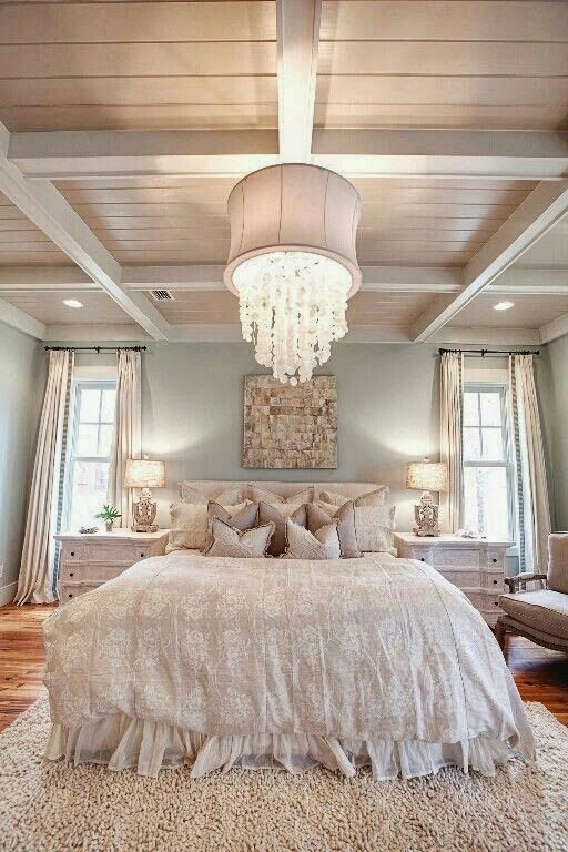 1.   Use light shades on the walls * Use tons claros nas paredes  Soft color...