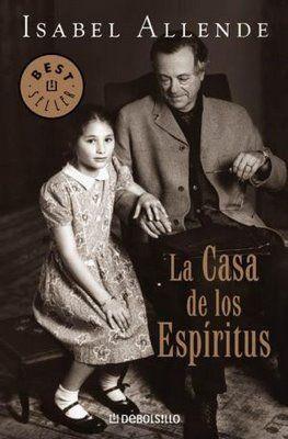 Uno de mis libros favoritos, maravilloso. Con este empieza mi largo romance con los libros de Isabel Allende.