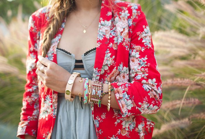 fun jacket: Light Pink Blazers, Floral Blazers, Arm Candy, Red Floral, Floral Prints, Songs Of Style, Floral Jackets, Flower, Crosses Bracelets