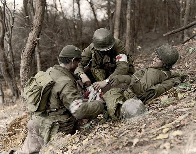 the_ww2_memoirs American medics from the treat after he was hit by German artillery fire while advancing up the hills in the infamous Hürtgen Forest, 1944. Medics were a key part of survival on the Battlefield in WW2. New weaponry caused horrific and ghastly wounds that were hard to treat and took quite a toll on human life in the war. The armies of these nations engulfed in war were in desperate need for new troops and began to improve their medical techniques and drugs to help their…