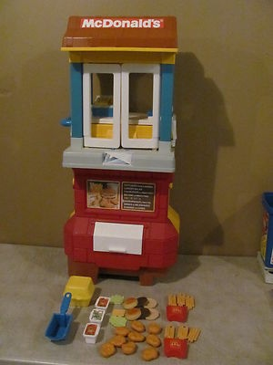 Vintage fisher price mcdonalds drive thru kitchen fun with for Kitchen set from the 90 s