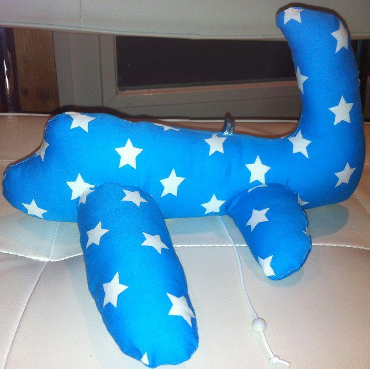 Vliegtuig muziek knuffel  Leuk voor de babykamer  www.lappenpoppen.com