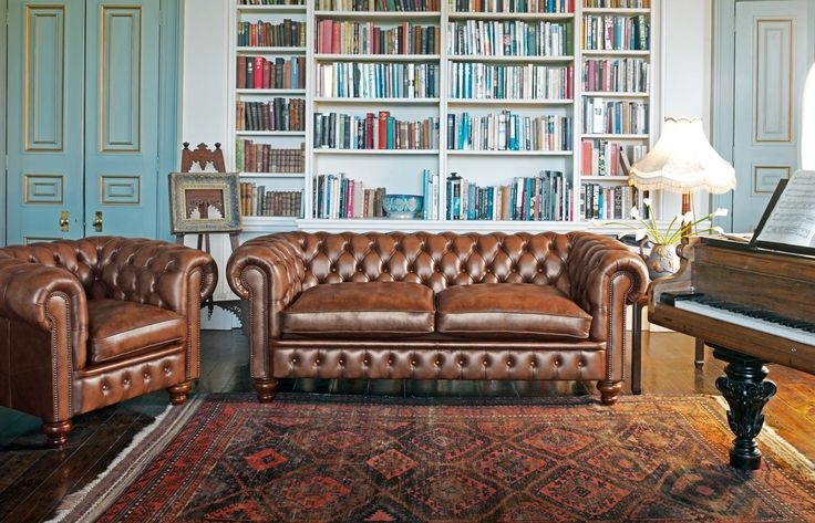 cromwell chesterfields 1780 fauteuil pinterest chesterfield brun et canap s. Black Bedroom Furniture Sets. Home Design Ideas