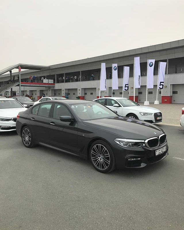 Instagram media by abudhabi_motors - Bmw 540 I Black 6 Cylinders inline Twin Power Turbo 340 Hp Torque 450 NM  0-100 5,1 Sec  Weight 1670 kg  @Abudhabi_Motors  @MiniCooperJCW #AbuDhabi_Motors ______________________________________________ #AbuDhabiMotors#BMW #540 #BMWM #BMW540 #G30 #BMWG30 #AbuDhabi #BMWM  #Dubai #UAE #BMWLIFE #BMWWORLD  #Bimmer #Mpower #BMWMPOWER #BMWREPOST #SheerDrivingPleasure #BMWSTORIES #IDRIVE #BMWI