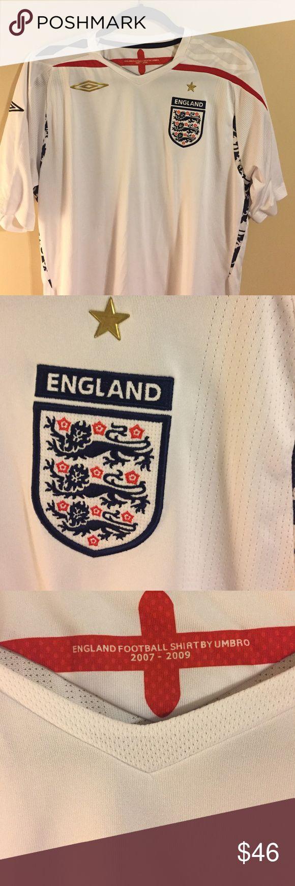 Umbro England Jersey 2007-2009 Worn a few times purchased while in England 2007 Umbro England futbol jersey!! Umbro Shirts Tees - Short Sleeve