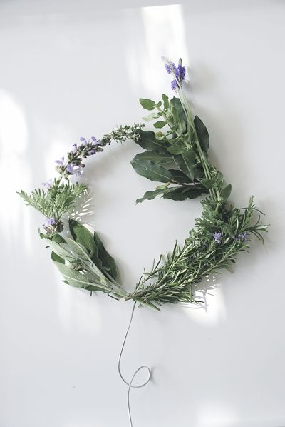 herb wreath of lavender, sage, mint, oregano, rosemary, thyme. wonderful scent would remain after drying - eau de nil