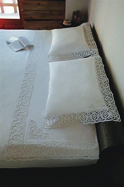 Подушки, постельное бельё, банные полотенца - Kostos Nicola - Picasa Albums Web