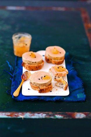 Foie gras mi-cuit express et gelée au poivre de Madagascar Livre : Foie gras maison Ed. Larousse Cuisine