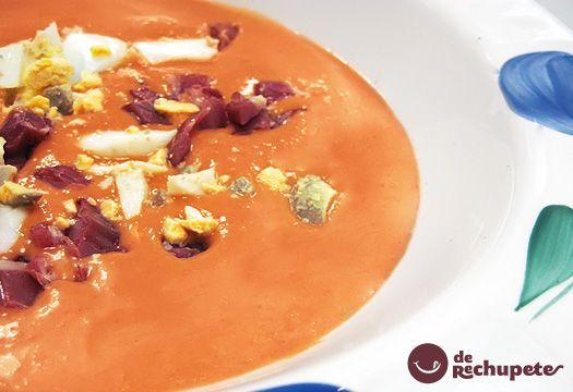 Acabo de hacer esta receta y es el mejor salmorejo que yo he probado en mi vida. Receta imprescindible en el verano. Una crema de tomate muy popular en Córdoba y en el resto de España. Preparación paso a paso y trucos.