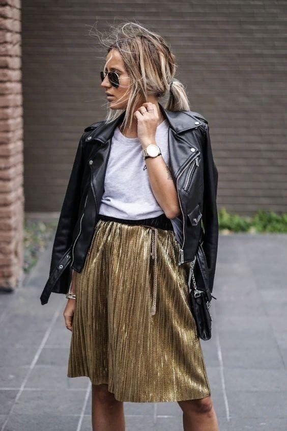 17353b6fe00 Как носить золотую юбку-плиссе 5