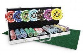 Pack Ultimate Poker 500 jetons + Tapis vert - Pokeo.fr - Pack de poker incluant 1 mallette Ultimate Poker Chips de 500 jetons en plastique ABS 11,5g + 1 tapis en suédine de couleur verte non marqué.