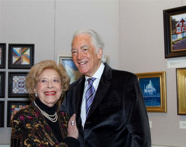 Leonie rysanek with richard bonynge at the met el mundo for Case della regina anne vittoriana
