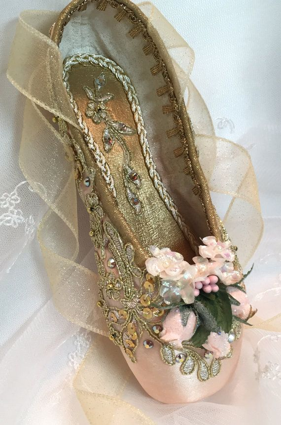 Peach and Gold decorated pointe shoe. by DesignsEnPointe on Etsy