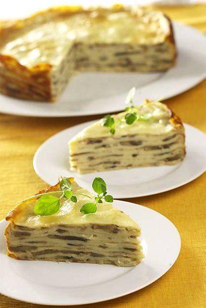 Tort naleśnikowy z pieczarkami