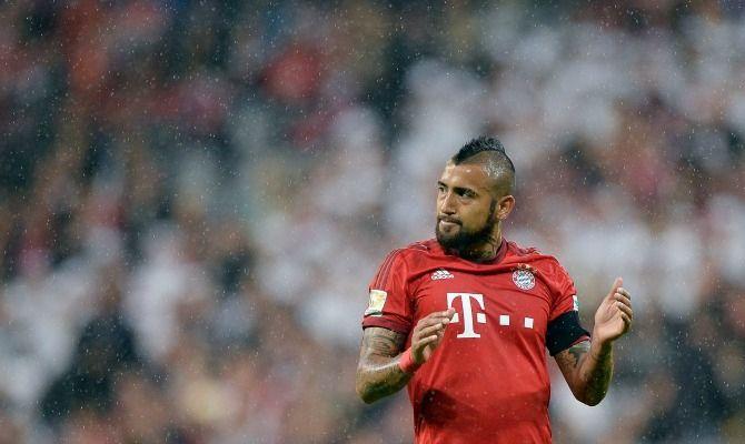 El seleccionado nacional repasó a su ex equipo y aseguró que está feliz en Alemania y espera ganar títulos con los bávaros. Dijo que el Bayern es mas fuerte y que acá están los mejores jugadores. Noviembre 27, 2015.