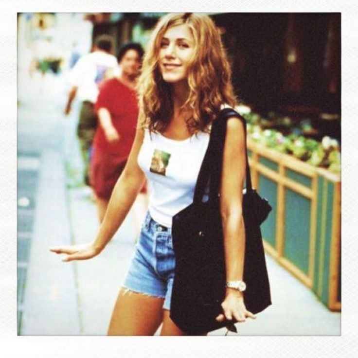 90's Jennifer Anniston inspo from The Love Magazine