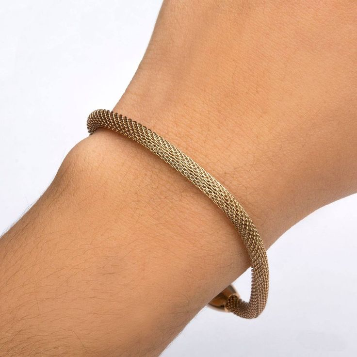 Get an effortlessly stylish look by wearing this Bracelet. https://www.newstylecanada.com/collections/bracelets-pour-femme/products/rose-gold-ip-mesh-polish-finished-bracelet # Bracelet #fashion #style